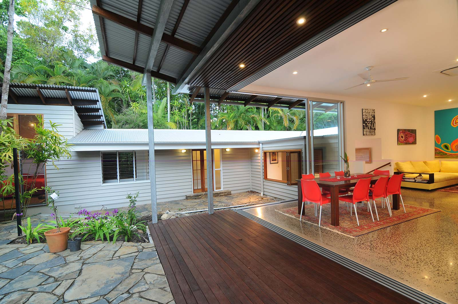Cairns Custom Homes